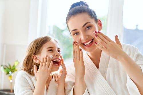 Outro produto de beleza que é um bom presente de dia das mães são os cremes hidratantes.