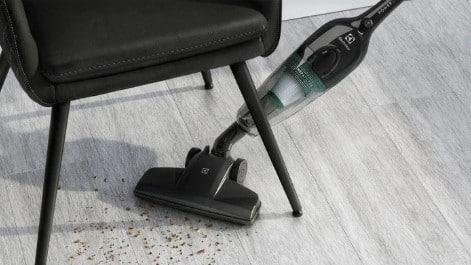 Veja as vantagens do aspirador de pó vertical para a sua limpeza!