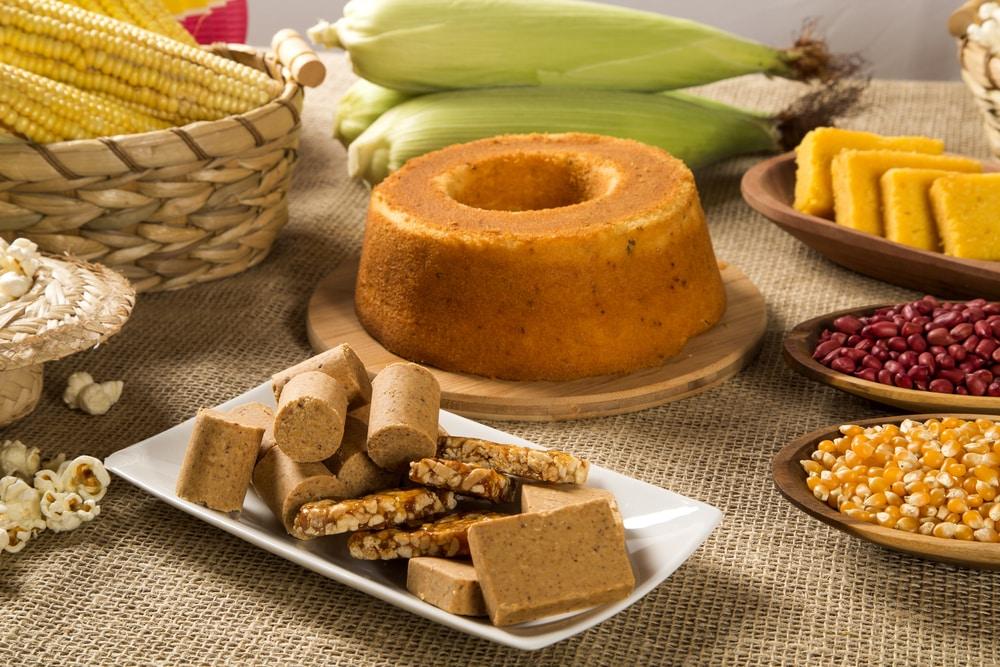 Comidas típicas brasileiras não podem faltar na festa junina